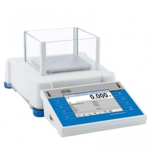 Электронные лабораторные весы PS 8100.3YМ RADWAG с сенсорным дисплеем и внутренней градуировкой