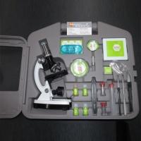 Микроскоп Celestron с набором (28 ед.) и кейсом